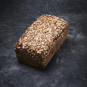 לחם כוסמין חמניה תבנית